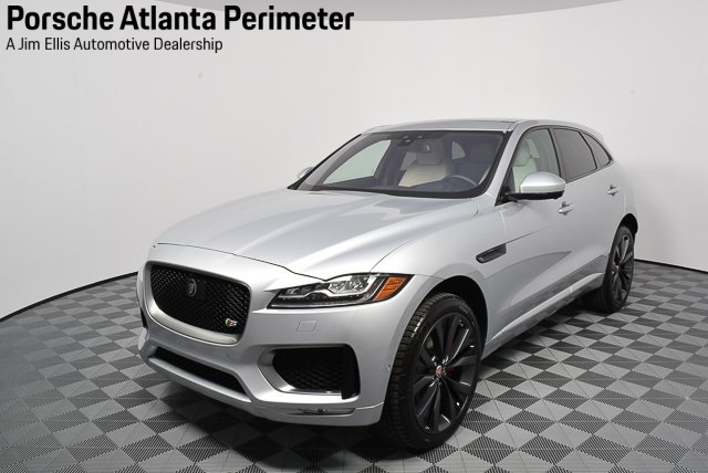 Pre-Owned 2017 Jaguar F-PACE First Edition