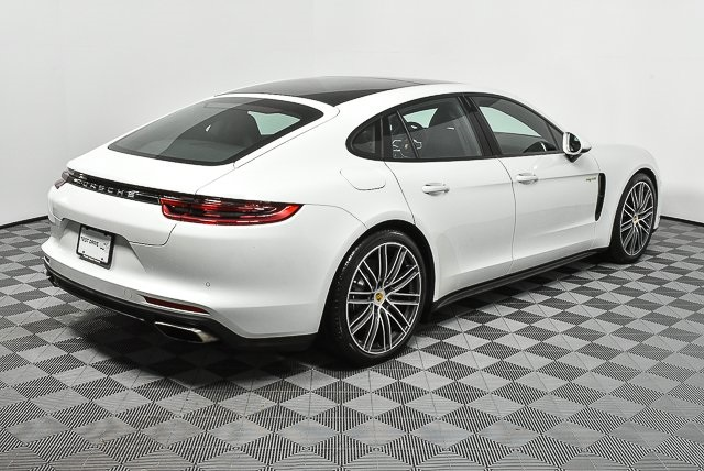 Certified Pre-Owned 2018 Porsche Panamera Hybrid