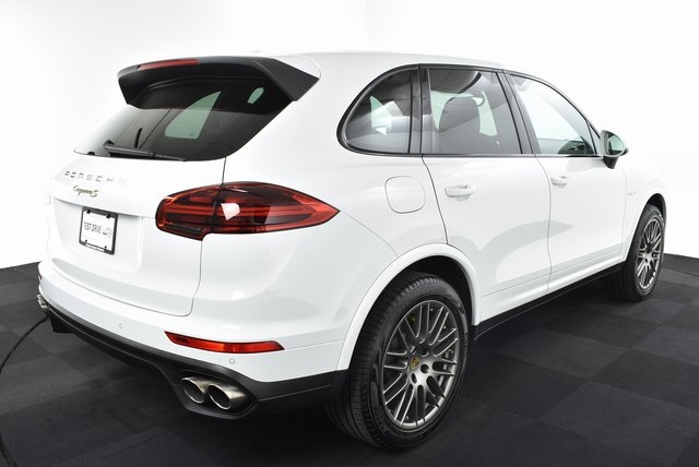 Certified Pre-Owned 2017 Porsche Cayenne S Hybrid